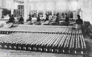 Fotografi fra  Pernod Fils absintfabrik.