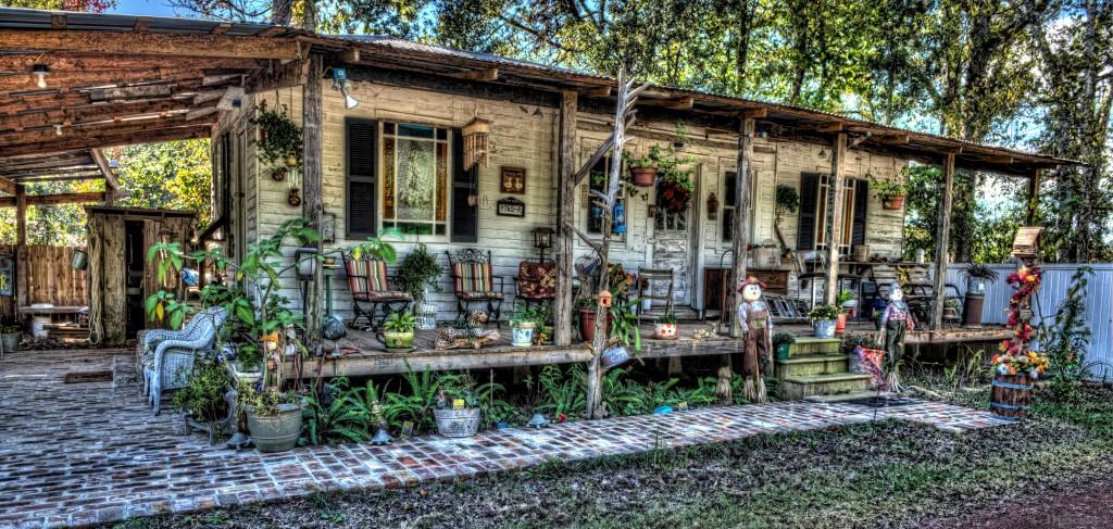 antique-cajun-cabin