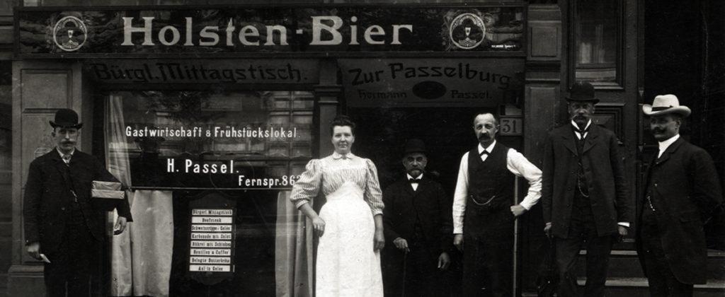 gastwirtschaft_und_fruhstuckslokal_passel_am_rodingsmarkt_in_hamburg__fotopostkarte__um_1900__foto_shmh